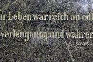 juedischer-friedhof_3000