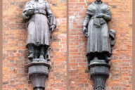 kriegerdenkmal-petrikirche_2100-00